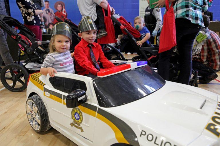 Voiture police_Fête de la famille de la région de Coaticook